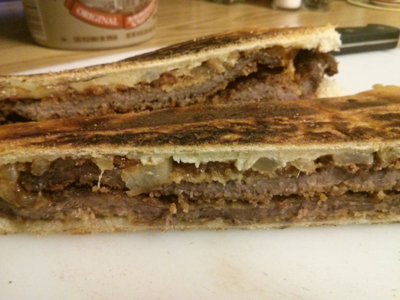 Pan con Bistec Empanizado (Breaded Steak Sandwich)