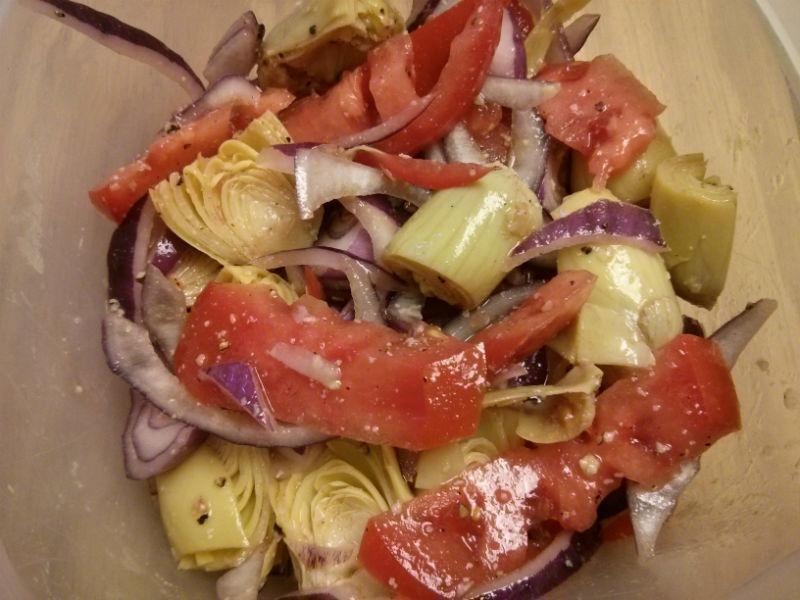 Artichoke, Red Onion and Tomato Salad