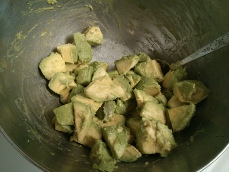 Avocado coated with lime juice