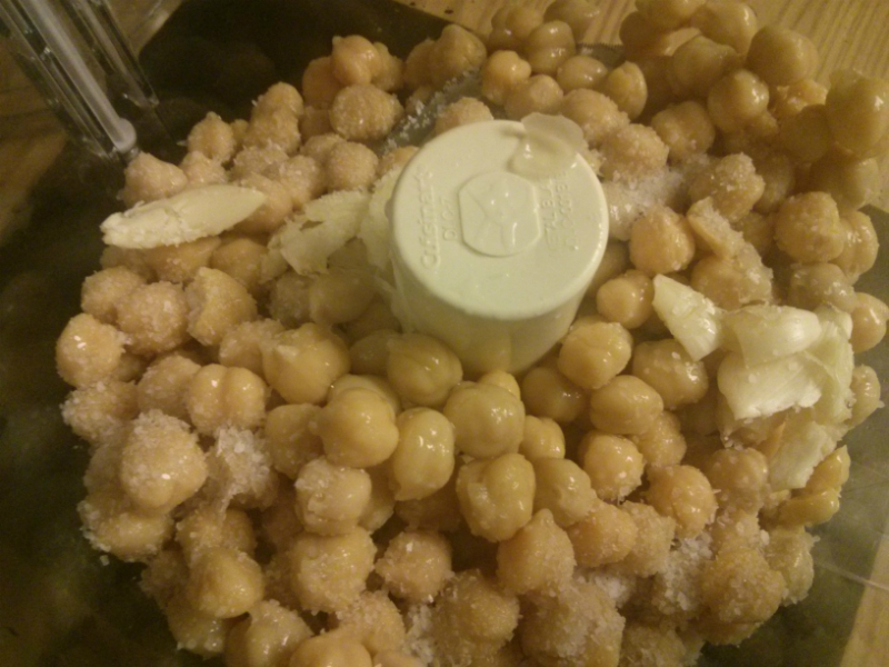 Chickpeas, Garlic and Kosher Salit in processor